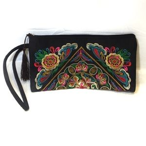 BOHO Floral Embroidered Handheld Purse Clutch